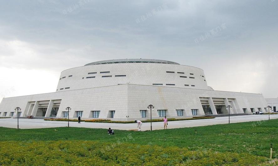 内蒙古蒙元文化博物馆-铝包木门窗案例
